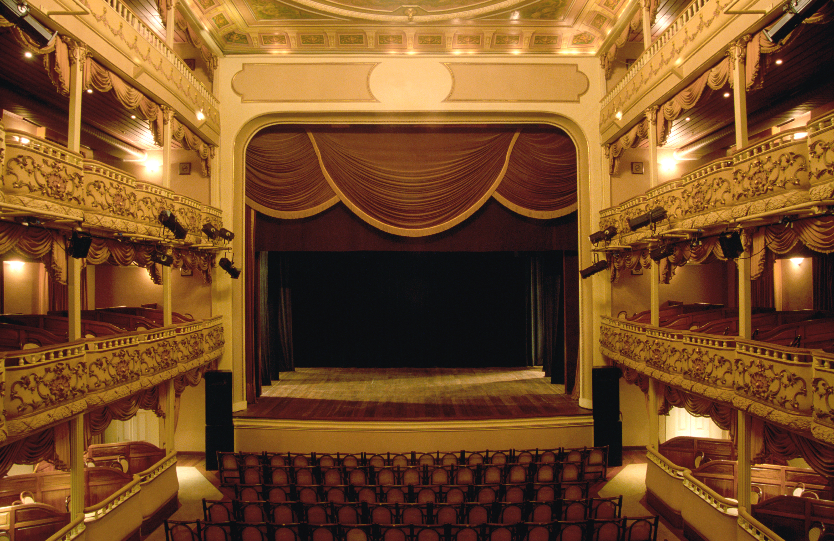 Teater verden over Image